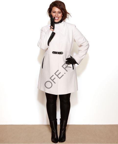 Модные тенденции для полных: выбираем пальто на весну